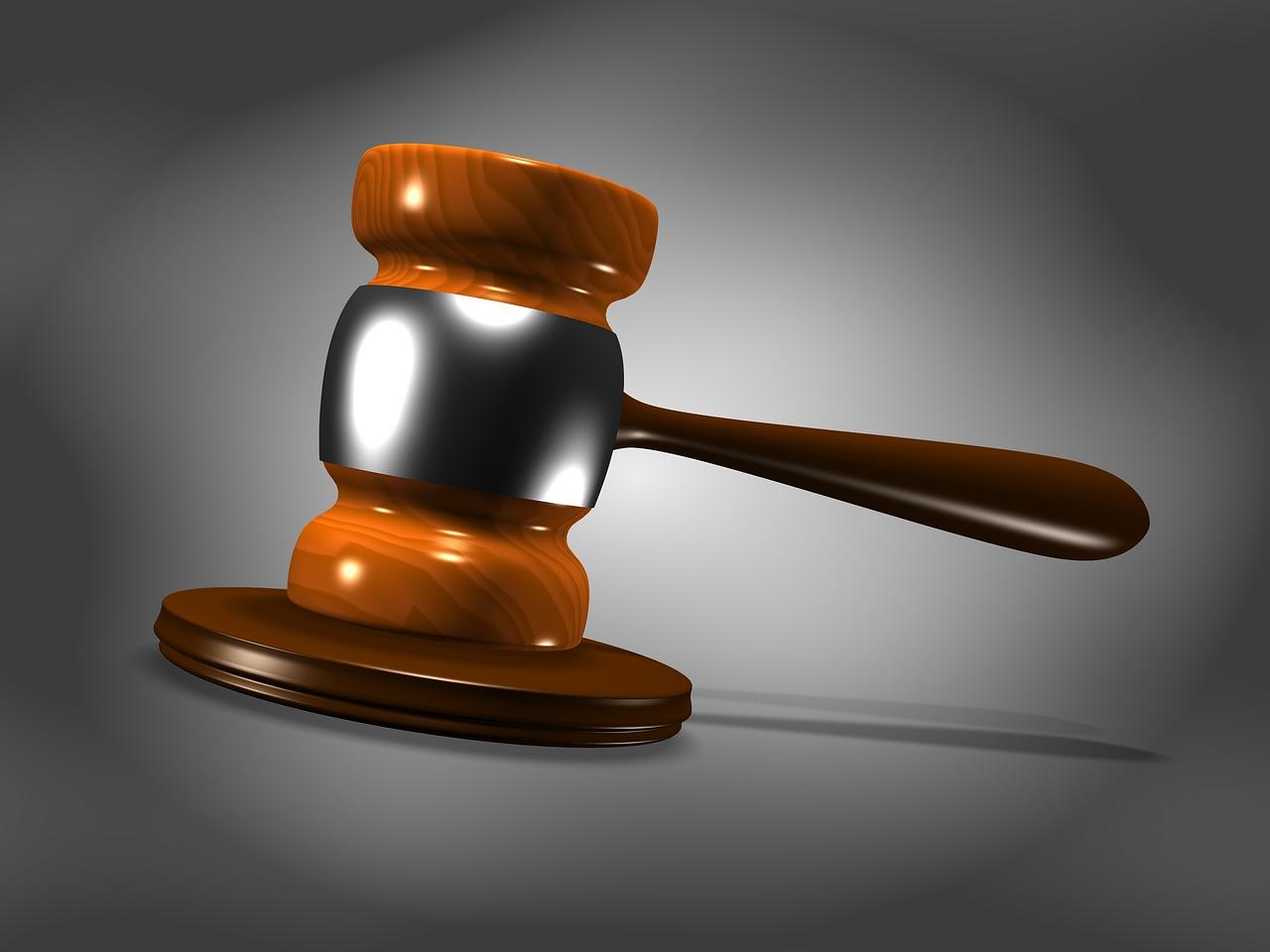 Czy warto korzystać z adwokata? Usługi prawne i adwokackie – sprawdzony adwokat z Warszawy